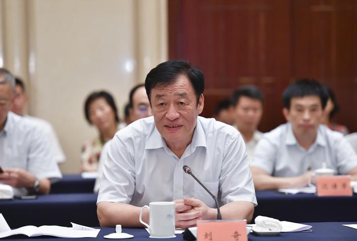 江西省中医药大会召开打造国内领先的中医药强省